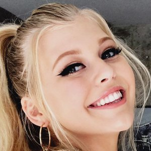 How old is loren gray